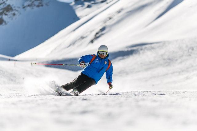 Jak często należy serwisować narty?