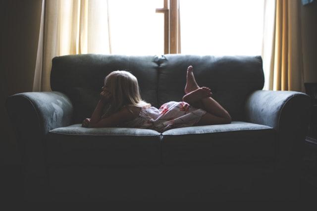 Zasłony do pokoju dziecięcego: jakie zasłony kupić?