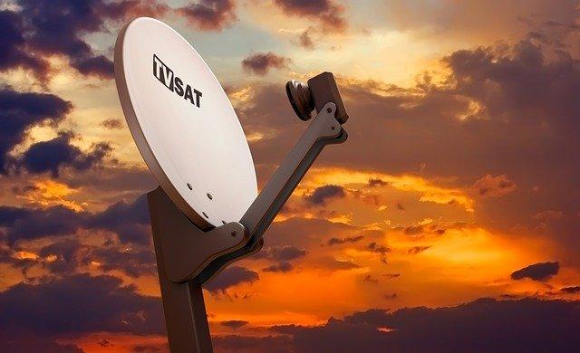 Jak trudny jest montaż anten satelitarnych?