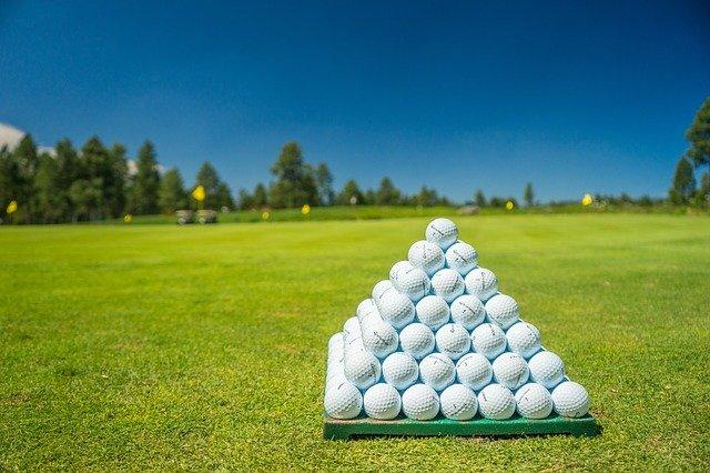 Jak wybrać najlepszą dla siebie piłkę golfową?
