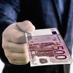 Dopłaty do odszkodowań - zalety i wady