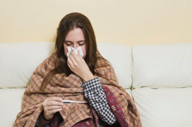 Czy trunki wysokoprocentowe pomogą na przeziębienie?