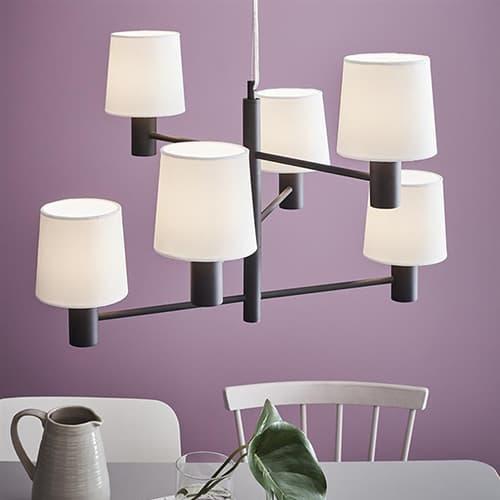 Jak dobierać lampy do salonu?